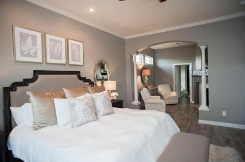 bedroom-interiors-design