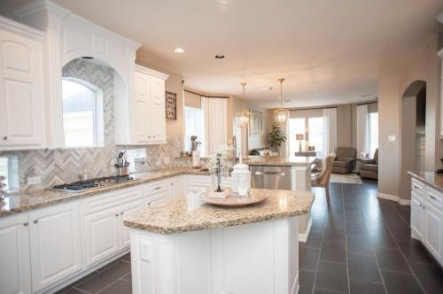 light-kitchen-design-houston