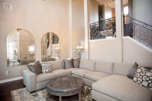 living-room-design-houston