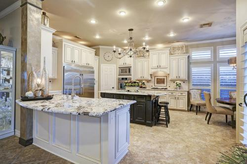 white-kitchen-decor